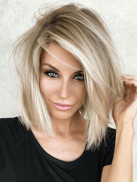 1.felhosszú egyenes haj